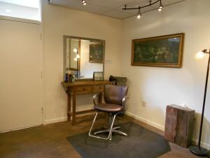 stylist-hair-station-for-rent-available-downtown-Walnut-Creek-main-street-broadway-low-rent-part-full-time